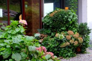 Bad_Gastein_Haus_Hirt_Cecerle-Gartenblog